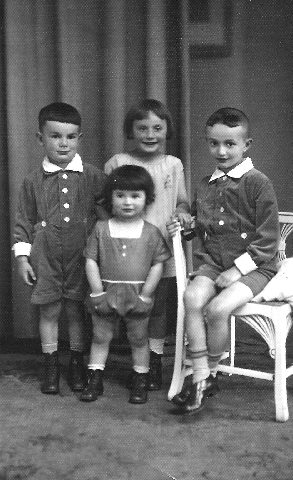 Brothers and Sisters, 1928
